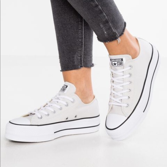 CONVERSE CHUCK TAYLOR ALL STAR LIFT CANVAS LOW TOP NWT